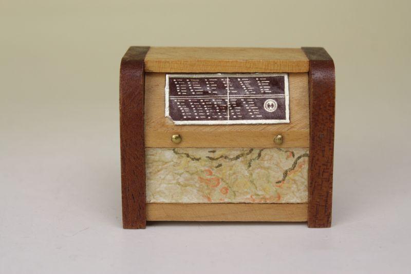 画像1:  Lundbyドールハウス/ミニチュア家具 レトロラジオ (1)