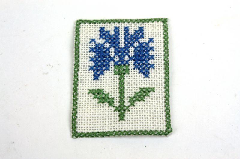 画像1: ミニチュア家具 Lundbyドールハウス/刺繍タペストリー(L) (1)