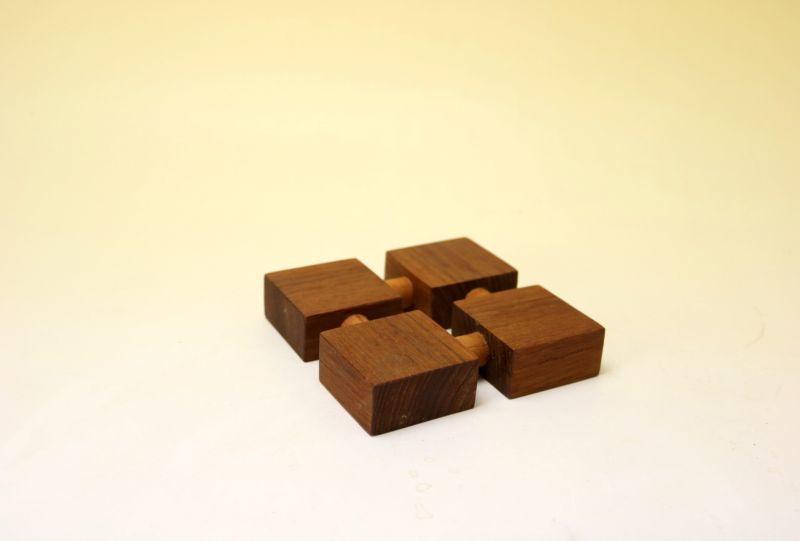 画像1: 北欧雑貨 チークのポットホルダー/鍋敷き (1)