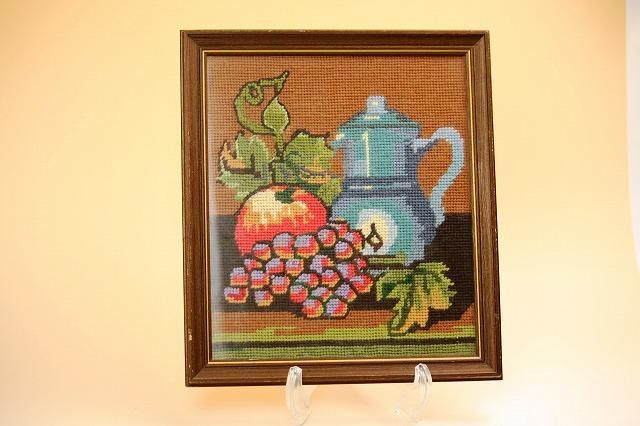 画像1: 北欧刺繍 フルーツ/木製フレーム付き (1)